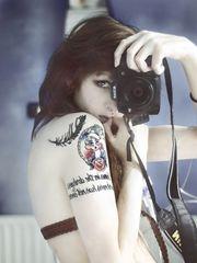 那些热爱纹身的性感女郎