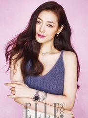 韩女星雪莉深V拍写真 鼻尖痣魅力加分