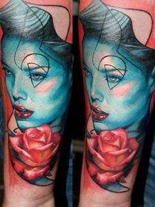 概念女性肖像纹身图案