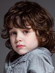 小男孩短发发型设计欧美图片