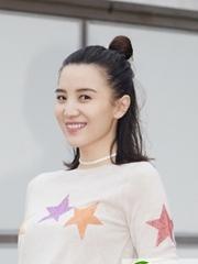小宋佳时尚短发图片 性感帅气的短发女神