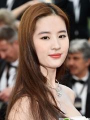 刘亦菲染发发型图片 神仙姐姐又变白了
