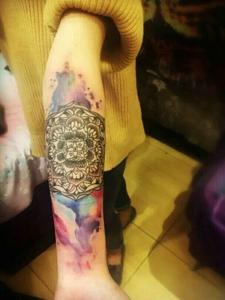 一款有趣的花臂梵花水彩纹身刺青