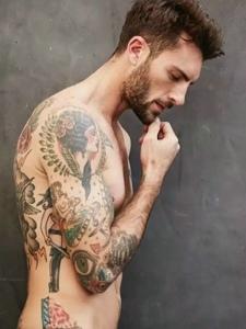 一组散发着雄性荷尔蒙的纹身图案