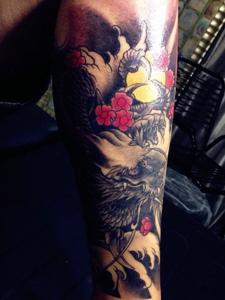 花腿老传统邪龙纹身图案很高调