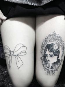 双腿部时尚小图腾纹身图案