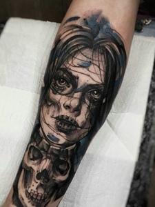 一组艺术感十足的水墨手臂纹身图案