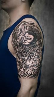 桀驁不羈,手臂斗戰勝佛美猴王紋身