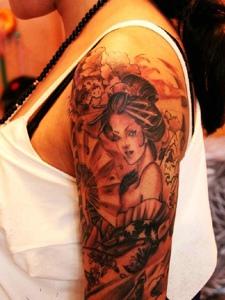 花臂经典传统花妓纹身图案