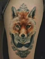 好看的腿部狐貍紋身
