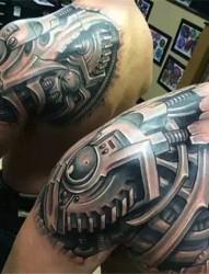 超有个性的机械纹身