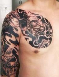经典黑白无常半甲纹身图案