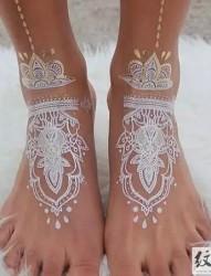 白色唯美印度海娜纹身图片