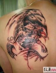 男性喜爱的邪龙纹身