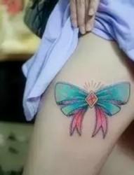 女生腿部漂亮的蝴蝶结纹身图案大全