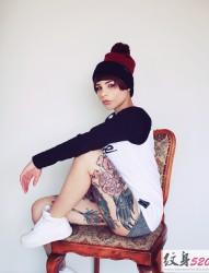 紋身女郎的性感寫真圖集