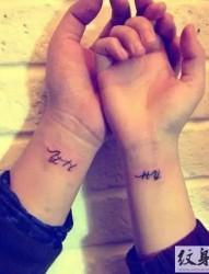 见证爱情的唯美情侣纹身图案