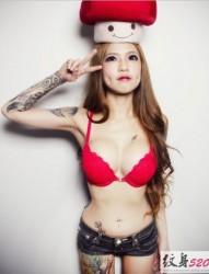 刺青女神 Kinki Ryusaki 的百变纹身