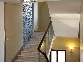 简约别墅吊顶楼梯设计案例展示