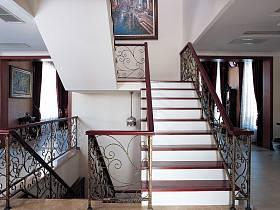 欧式楼梯图片