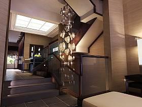 现代别墅过道楼梯装修效果展示