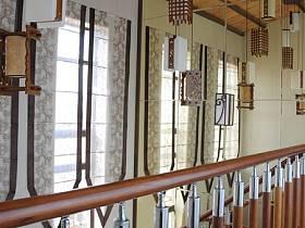 中式过道楼梯装修效果展示