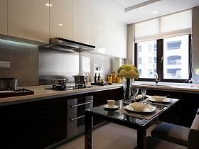 現代簡約廚房裝修效果展示