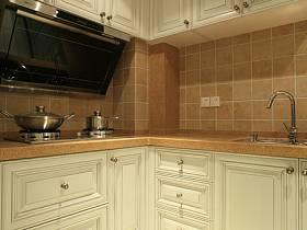欧式简约厨房装修图