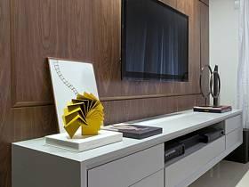 现代简约客厅电视背景墙装修案例