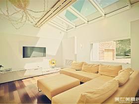 现代现代风格客厅电视背景墙装修案例