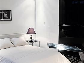 現代簡約臥室整體衣柜案例展示