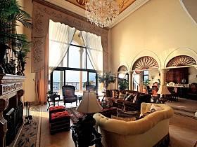 欧式巴洛克风格客厅窗帘案例展示