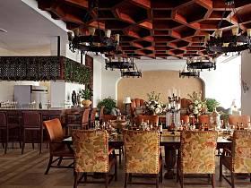 欧式巴洛克风格餐厅吊顶设计案例