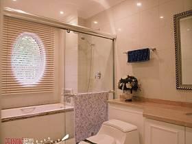 法式卫生间双拼别墅图片