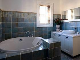 美式卫生间别墅浴室装修案例