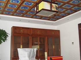 中式书房交换空间吊顶设计案例