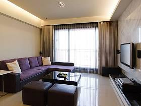 现代客厅窗帘电视背景墙案例展示