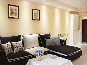 溫馨客廳沙發水晶吊燈圖片