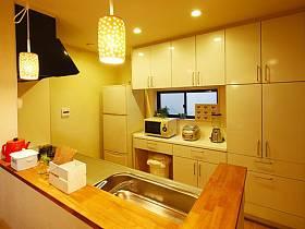 现代典雅厨房设计案例