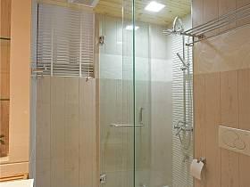 现代简约卫生间设计案例展示