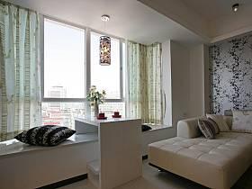 现代简约客厅飘窗装修效果展示