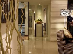 现代简约玄关走廊玄关柜装修案例