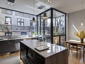 廚房玻璃門效果圖