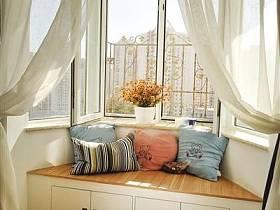 田園窗簾沙發圓凳設計案例展示