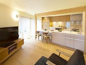 温馨厨房沙发电视柜效果图