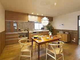 溫馨浪漫廚房餐桌椅子椅設計案例展示