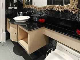 精致法式古典卫浴水晶吊灯装修图
