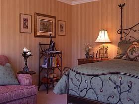 卧室床架装修效果展示